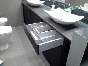 Muebles de baño con cajones con freno
