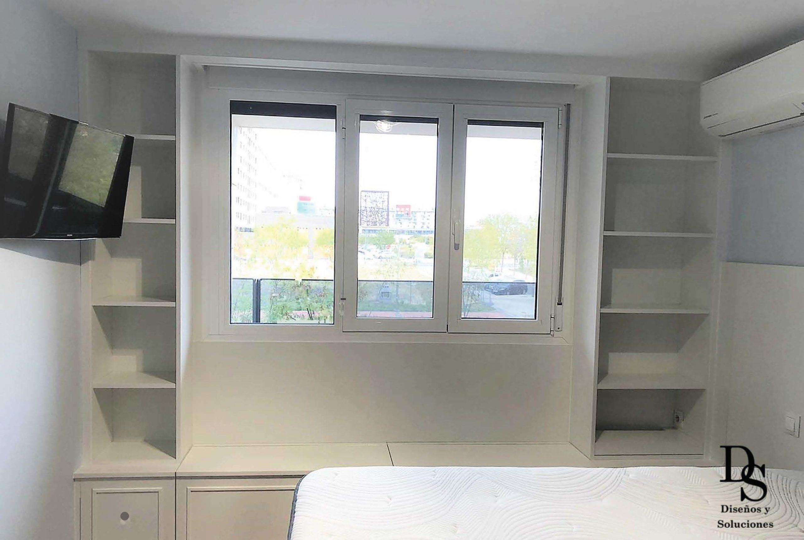 Dormitorio estanterías a medida